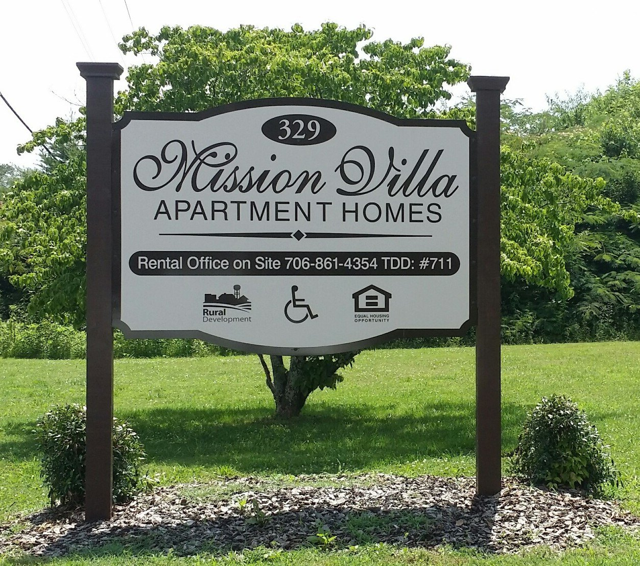Apartment & HOA - Mission VIlla - Post and Panel Sign
